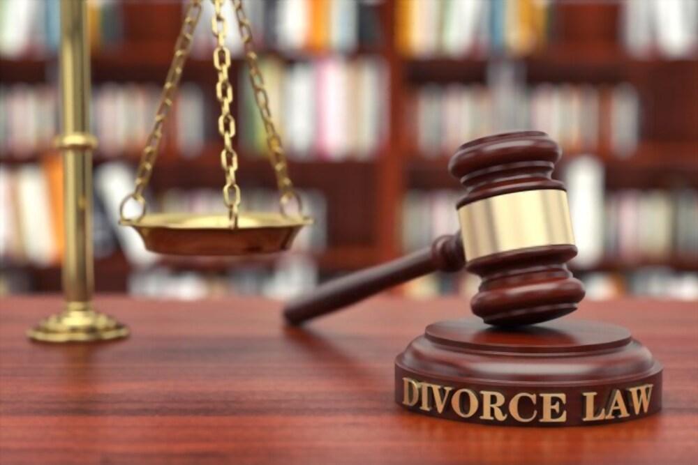single-Divorce lawyer Minot,ND