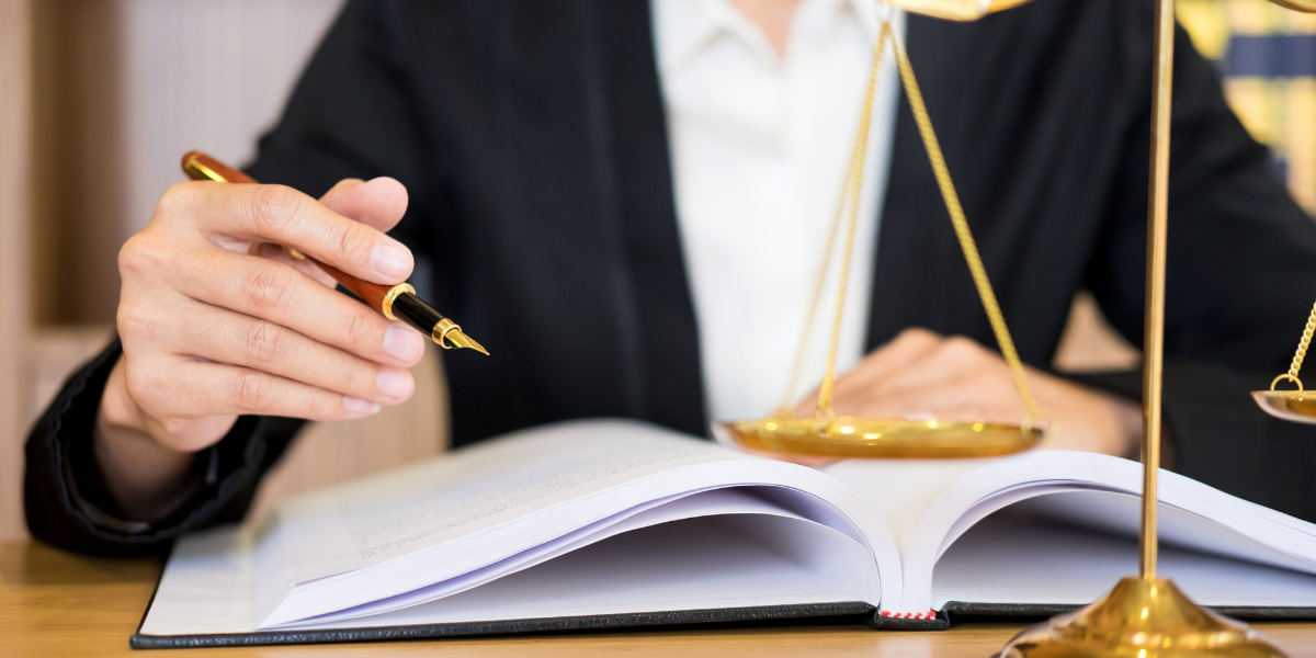 single-4 Essential Aspects of Attorney-Client Relationship